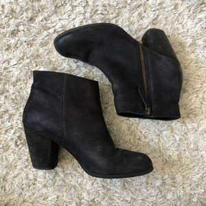 BP Boots Black Leather Side Zip Ankle Booties Sz 7